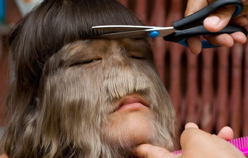 стрижка на средние волосы для лица с большим носом